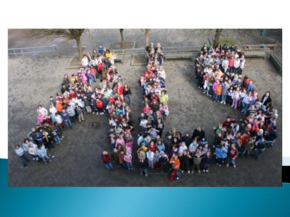 Kurze Darstellung der ALS Schule mit derzeit 362 Schülerinnen und Schülern aus 26 Nationen 4 VLK, 17 Klassen, davon 8 Klassen 1/2, 2 Klassen 2/3, 3 Klassen 3, 4 Klassen 4 Neukonzeption des Schulanfangs Integrationsklassen Weitere Besonderheiten der ALS Einige prägende Aspekte der Grundschularbeit