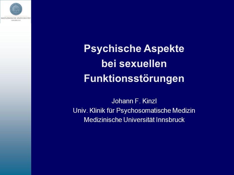 Informationen bezüglich möglicher unerwünschter Wirkungen der Antidepressiva auf die Sexualität (1) - das Thema Sexualität sollte auf jeden Fall angesprochen werden (Sexualanamnese) - die Angst, dass durch das Ansprechen eine sexuelle Funktionsstörung auftritt, ist unbegründet - nach allen bisherigen Erfahrungen sind medikamentenbedingte sexuelle Probleme reversibel - Wissen um eine mögliche negative NW des Medikaments auf die Sexualität ermöglicht dem Patienten eine Zuordnung - die Wahrscheinlichkeit einer Noncompliance wird durch das Wissen um die NW vermindert