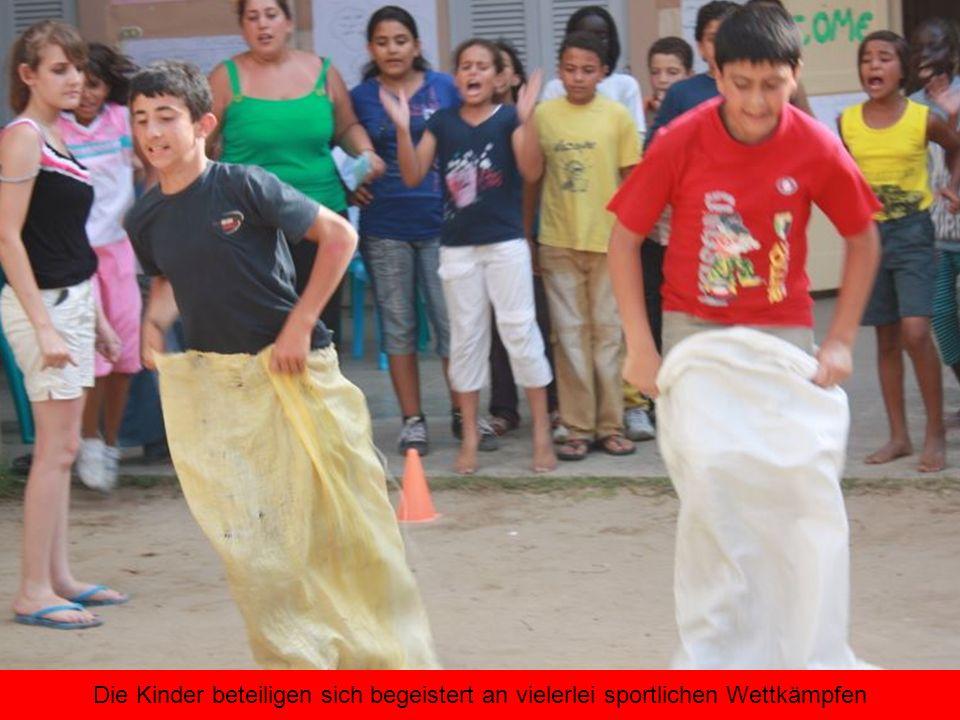 Die Kinder beteiligen sich begeistert an vielerlei sportlichen Wettkämpfen