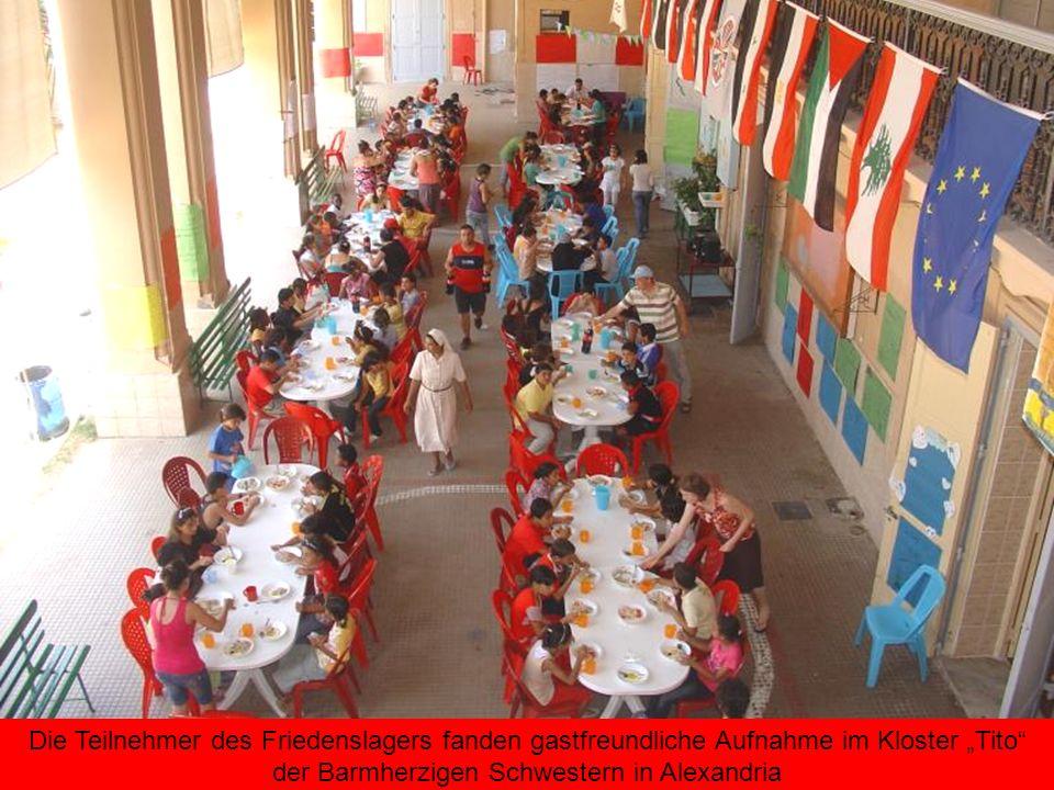 Die Teilnehmer des Friedenslagers fanden gastfreundliche Aufnahme im Kloster Tito der Barmherzigen Schwestern in Alexandria