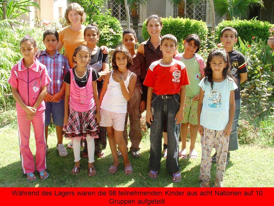 Während des Lagers waren die 98 teilnehmenden Kinder aus acht Nationen auf 10 Gruppen aufgeteilt