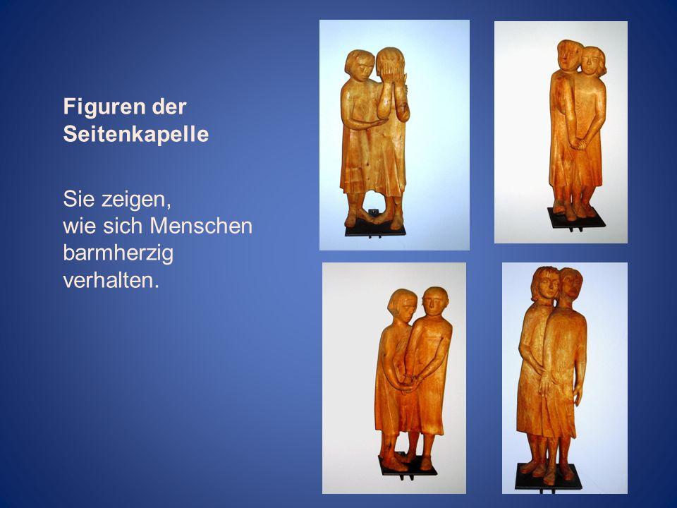 Figuren der Seitenkapelle Sie zeigen, wie sich Menschen barmherzig verhalten.