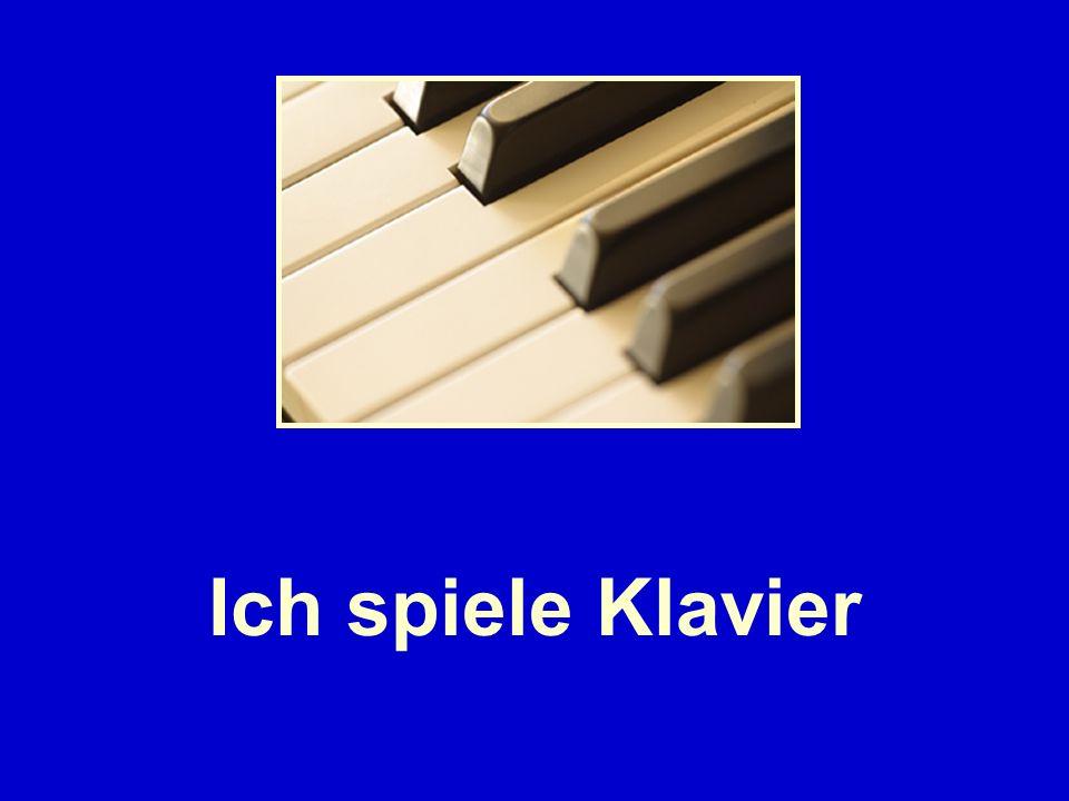 Ich spiele Klavier
