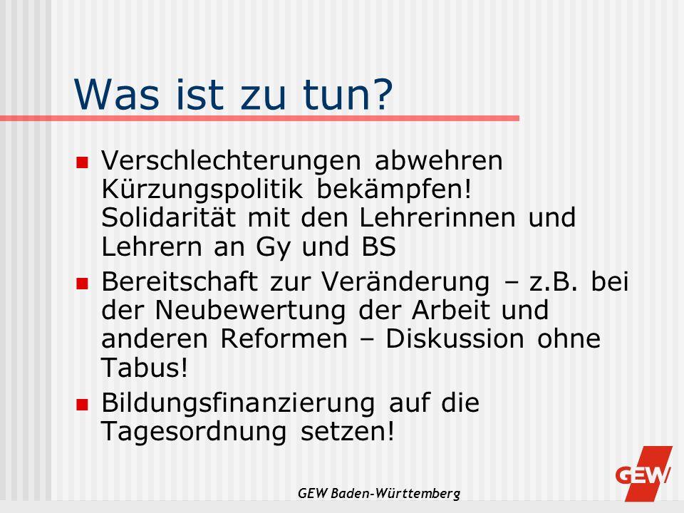 GEW Baden-Württemberg GEW, VBE, PhV, BLBS, VLW und VHL wehren sich gemeinsam Gemeinsame Pressekonferenz am 02.04.2003 Ausstieg aus der gemeinsamen Arbeitsgruppe Pilotversuche Jahredeputat Personalversammlungen an Gy und BS am 10.04.2003 um 11 Uhr mit anschliessendem regionalem Pressegespräch (GEW + Verbände) Konzentration auf das Kerngeschäft Unterricht (auch an GHRS-Schulen) Einschränkung bzw.