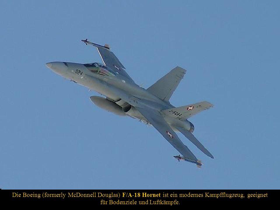 Die Boeing (formerly McDonnell Douglas) F/A-18 Hornet ist ein modernes Kampfflugzeug, geeignet für Bodenziele und Luftkämpfe.