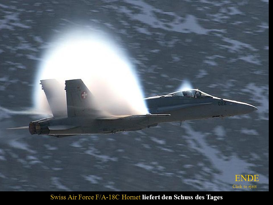 Swiss Air Force F/A-18C Hornet liefert den Schuss des Tages ENDE Click to eject