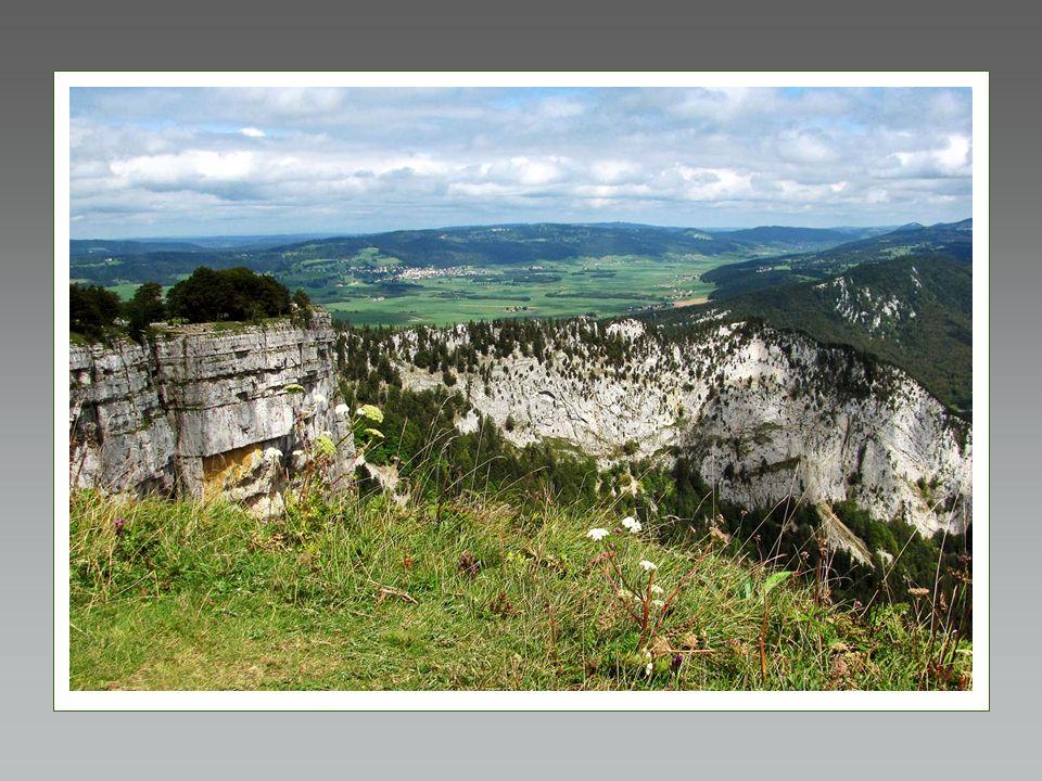 An der Grenze der Kantone Neuenburg und Waadt liegt der