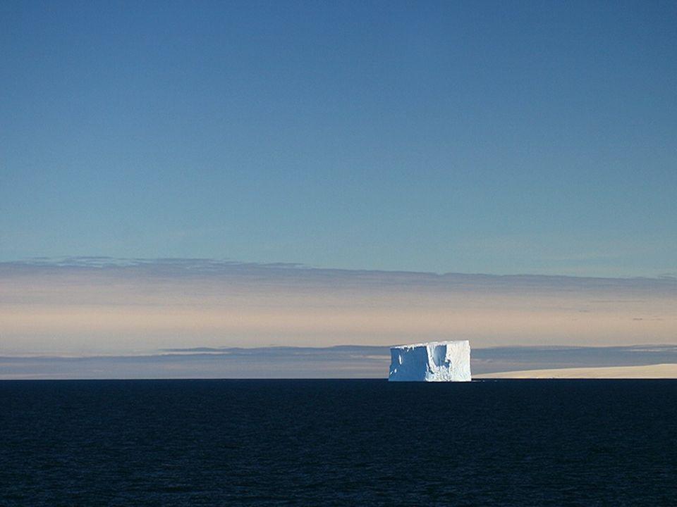 Im Hochsommer (Januar) bleibt es in der Antarktis 24h am Tag hell.