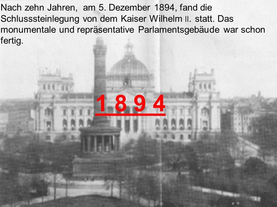 Nach dem Zusammenbruch des Kaiserreiches rief der Sozialdemokrat Philipp Scheidemann am 9.