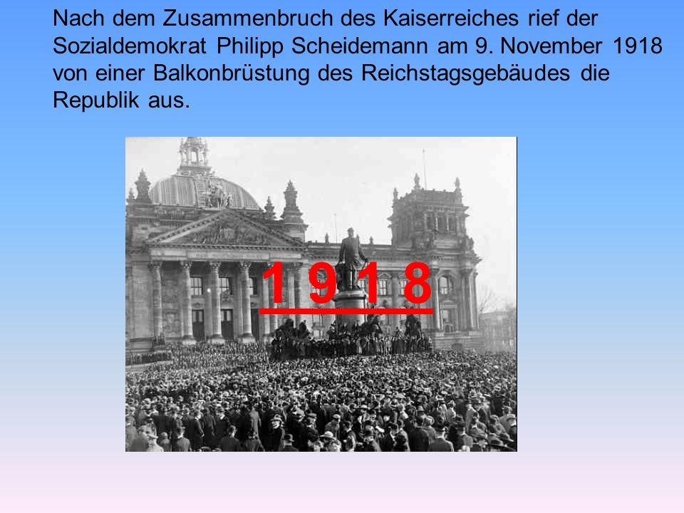 Vor der Kuppel des Reichstagsgebäudes führt in dem Plenarsaal das trichterförmige Gebilde, der Rüssel.