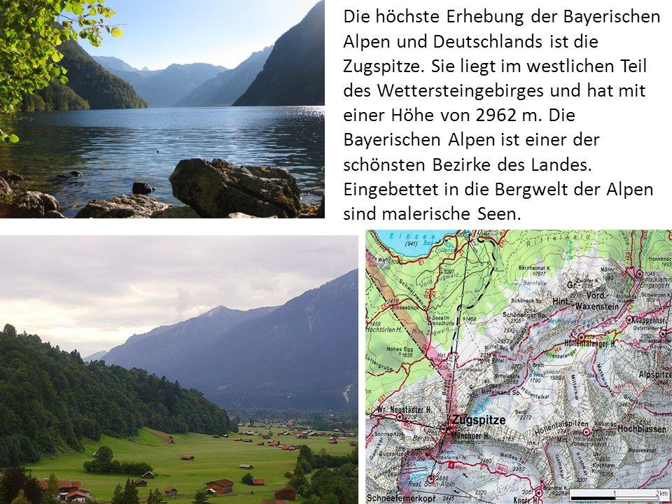 Die höchste Erhebung der Bayerischen Alpen und Deutschlands ist die Zugspitze. Sie liegt im westlichen Teil des Wettersteingebirges und hat mit einer
