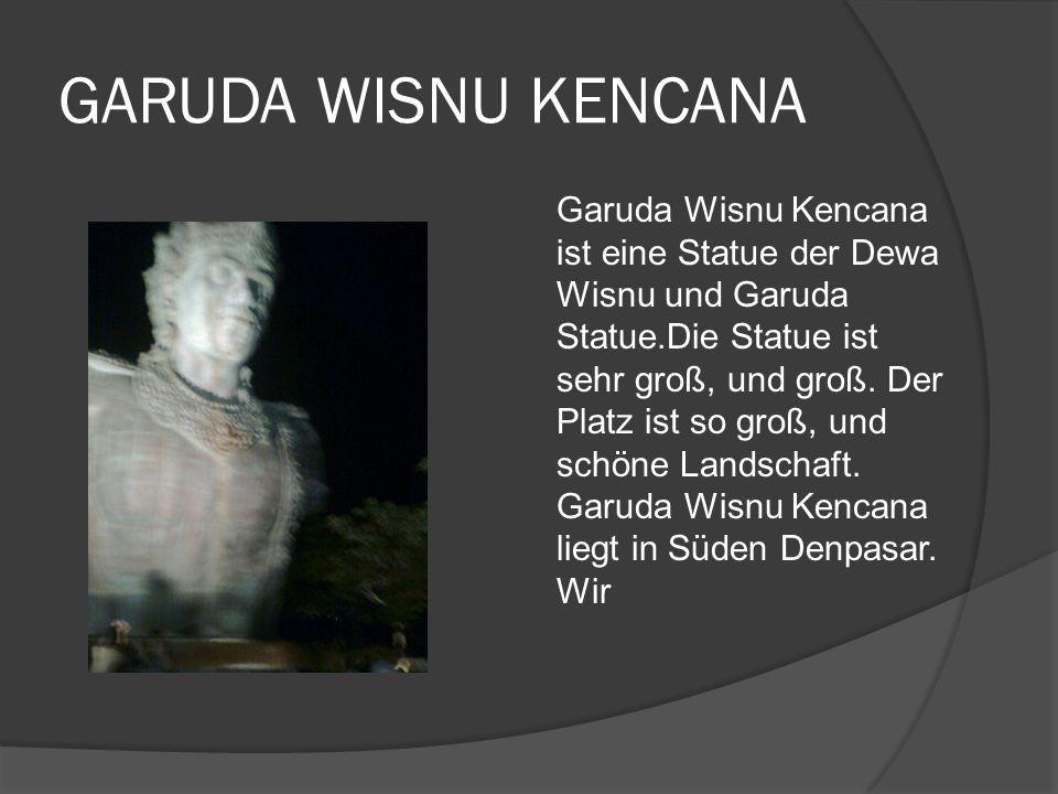 GARUDA WISNU KENCANA Garuda Wisnu Kencana ist eine Statue der Dewa Wisnu und Garuda Statue.Die Statue ist sehr groß, und groß.