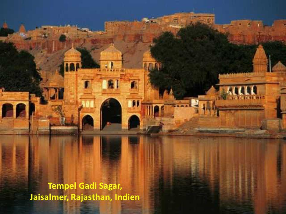 Tempel Gadi Sagar, Jaisalmer, Rajasthan, Indien