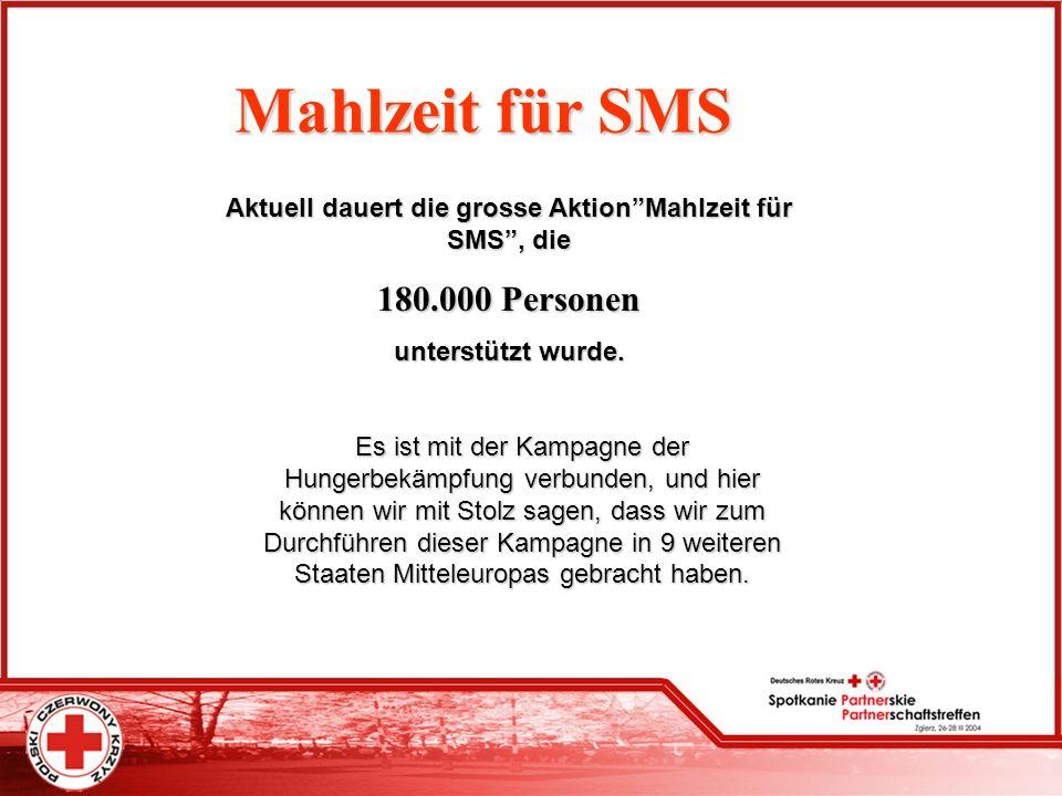 Mahlzeit für SMS Aktuell dauert die grosse AktionMahlzeit für SMS, die 180.000 Personen unterstützt wurde. Es ist mit der Kampagne der Hungerbekämpfun