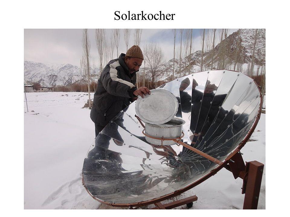 Indirekt wird Sonnenenergie genutzt: Pflanzen und pflanzliche Abfälle werden so verarbeitet, dass nutzbare Flüssigkeiten (z.B.