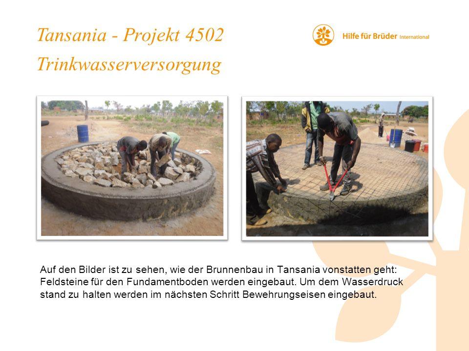 Tansania - Projekt 4502 Trinkwasserversorgung Auf den Bilder ist zu sehen, wie der Brunnenbau in Tansania vonstatten geht: Feldsteine für den Fundamentboden werden eingebaut.