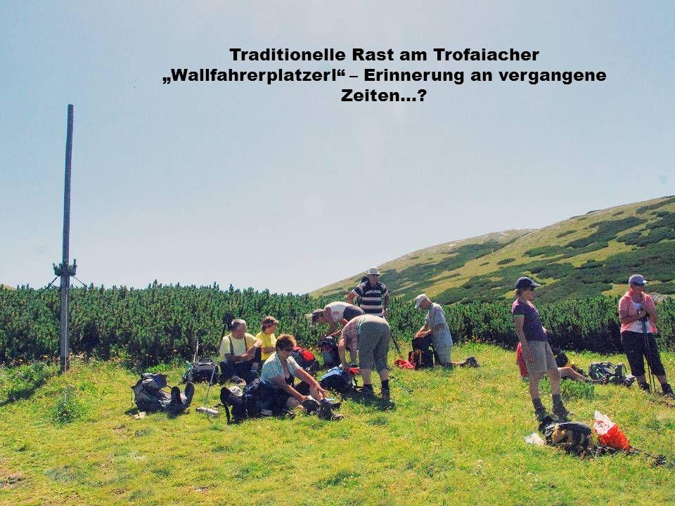 Traditionelle Rast am Trofaiacher Wallfahrerplatzerl – Erinnerung an vergangene Zeiten…?