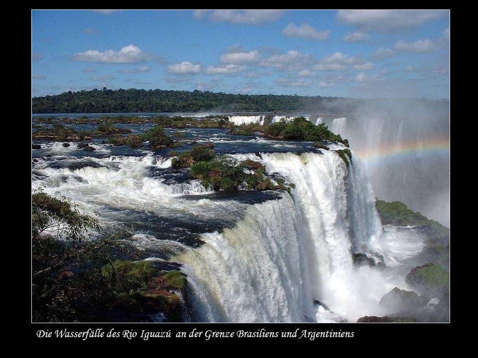 Iguazú Wasserfälle Weltkulturerbe Sie bestehen aus ca.
