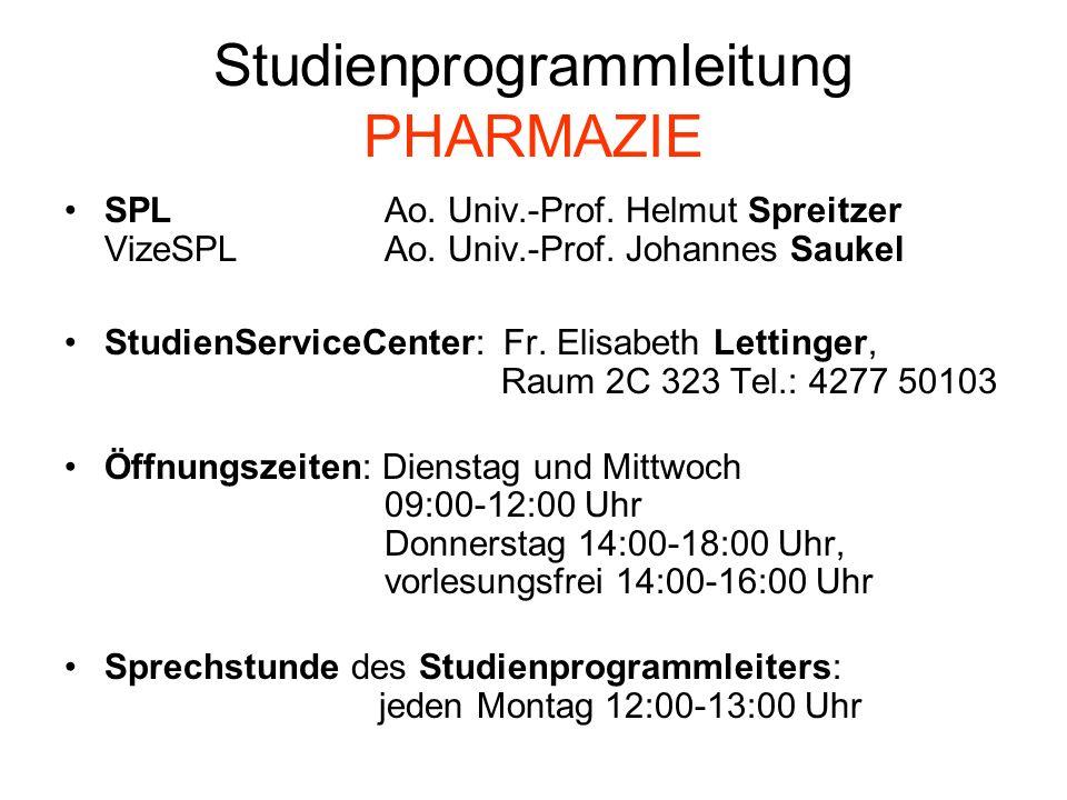(2) Lehrveranstaltungen des ersten Studienabschnittes (2.1) Erster Teil des ersten Studienabschnitts: Allgemeine und anorganisch pharmazeutische Chemie (PC, VO, 3, S, 7.0) Einführung in die pharmazeutische Analytik (PC, VO, 2, S, 4.5) Biologie für Pharmazeuten (PG, VO, 3, S, 7.0 ) Geschichte der Pharmazie (PG, VO, 1, S, 2.0) Physik für Pharmazeuten (PT, VO, 2, S, 5.0) Grundlagen der pharmazeutischen Technologie (PT, VO, 1, S, 2.5) Ringvorlesung (unter Berücksichtigung geschlechtsspezifischer Aspekte) (PT, VO, 1, S, 2.0) (2.2) Zweiter Teil des ersten Studienabschnitts: Qualitative pharmazeutische Analytik (PC, PR, 5, IP, 4.0) Quantitative pharmazeutische Analytik (PC, PR, 5, IP, 4.0) Grundlagen der Arzneistoffsynthese (einschließlich Nomenklatur) (PC, VO, 5, S, 7,5) Allgemeine Mikrobiologie und Hygiene (PG, VO, 2, S, 3.5) Erste Hilfe (PK, PR, 1, IP, 1.0) Anatomie, Physiologie und medizinische Terminologie (PK, VO, 5, S, 7,5 ) Grundpraktikum aus pharmazeutischer Technologie (PT, PR, 1, IP, 1.0) Mathematik (VO,1,S,1.5)