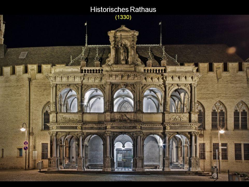 Hauptbahnhof (280.000 Reisende pro Tag)