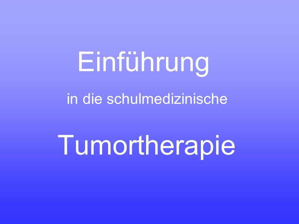 Chemotherapie mit Zytostatika meistens werden Zytostatika in mehrtägigen Chemotherapiezyklen verabreicht etwa alle 3 Wochen wiederholt gesunde Zellen erholen sich zwischen zwei Zyklen rascher als Tumorzellen, so dass Zytostatika stärker auf Tumorzellen, als auf gesunde Zellen wirken