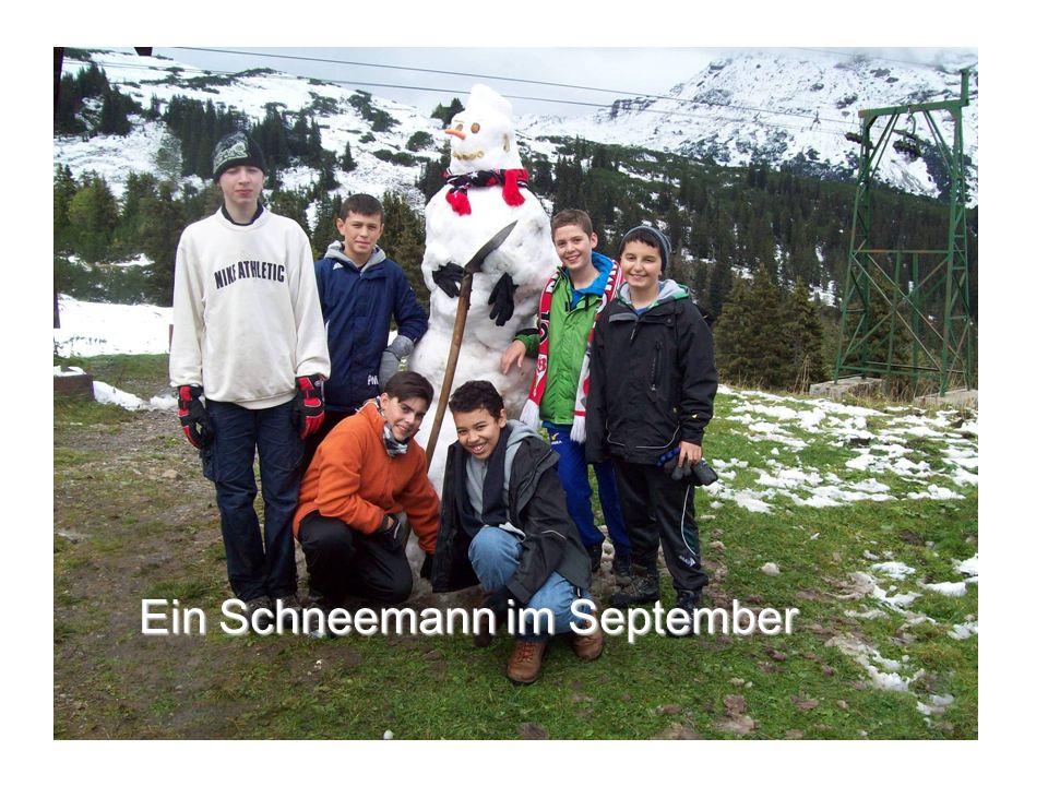 Ein Schneemann im September