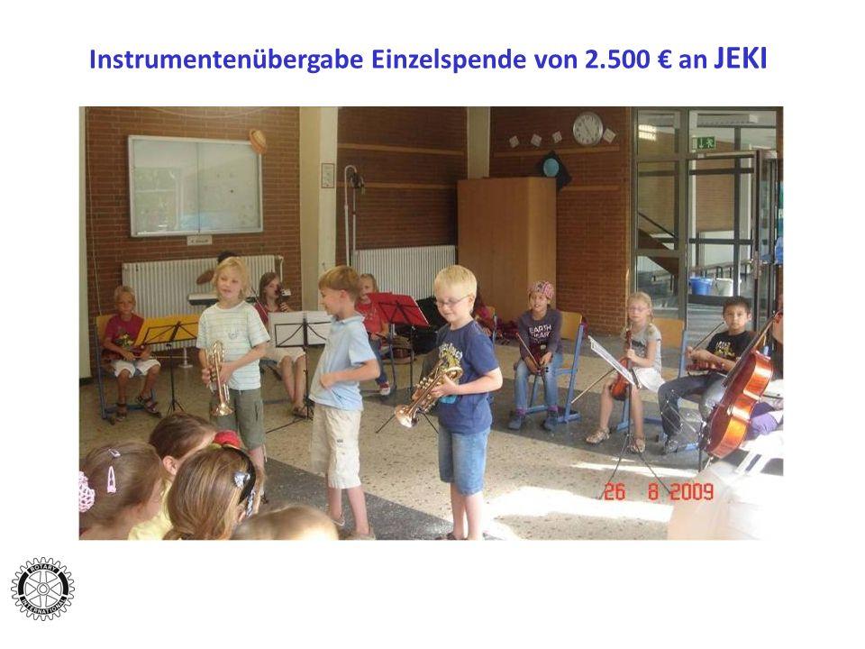 Instrumentenübergabe Einzelspende von 2.500 an JEKI