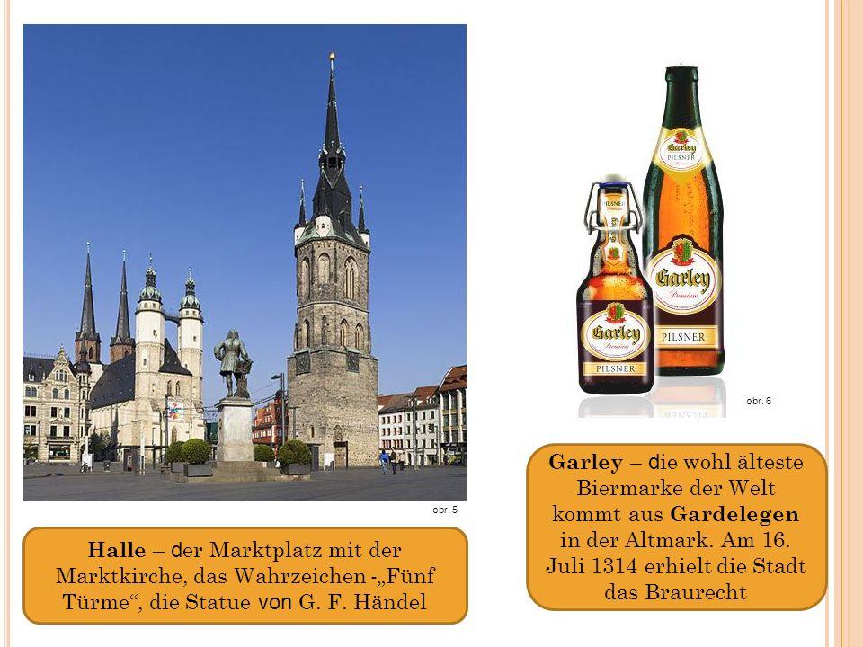 Halle – d er Marktplatz mit der Marktkirche, das Wahrzeichen -Fünf Türme, die Statue von G.