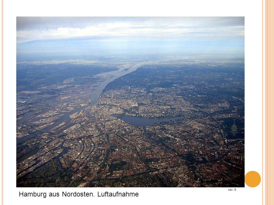 Hamburg aus Nordosten. Luftaufnahme obr. 8