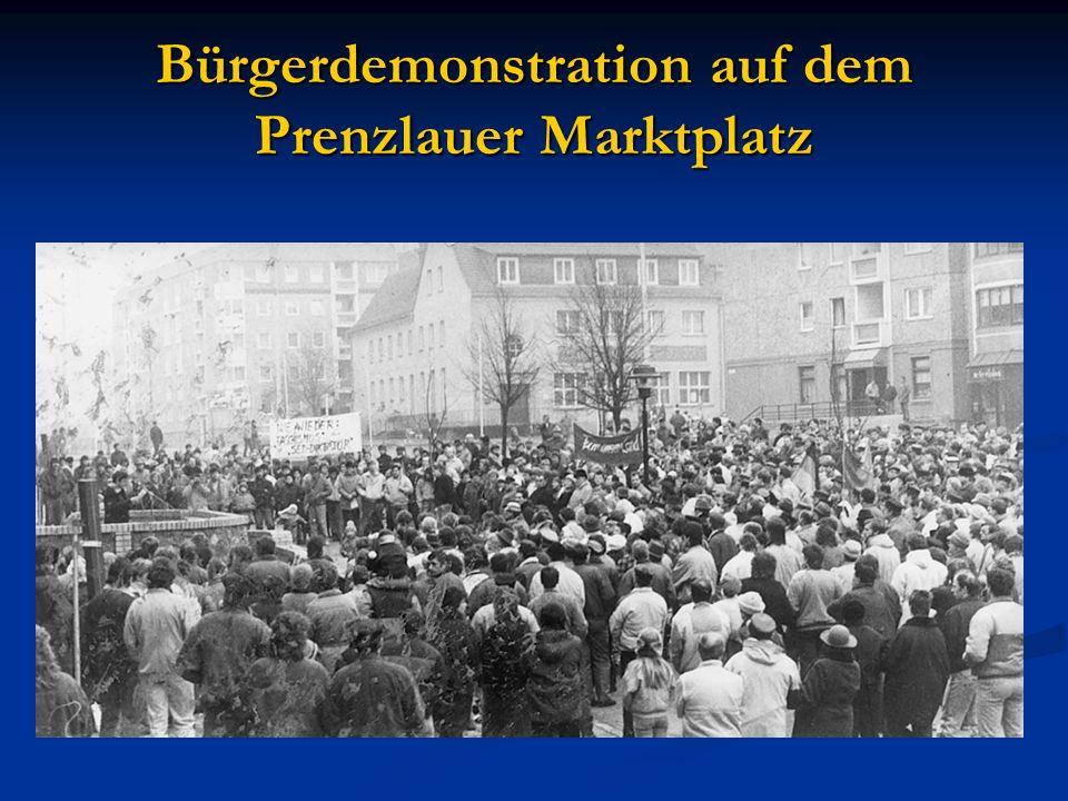 Bürgerdemonstration auf dem Prenzlauer Marktplatz