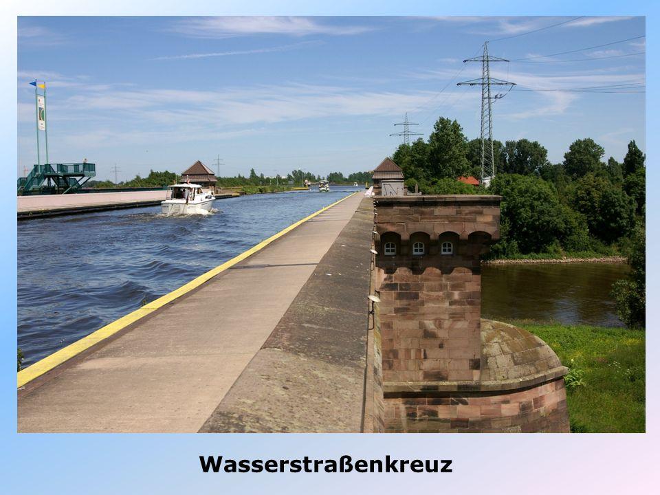 Wasserstraßenkreuz