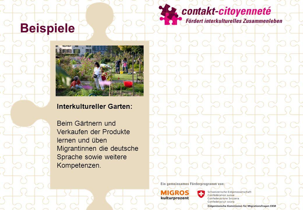 Interkultureller Garten: Beim Gärtnern und Verkaufen der Produkte lernen und üben Migrantinnen die deutsche Sprache sowie weitere Kompetenzen.