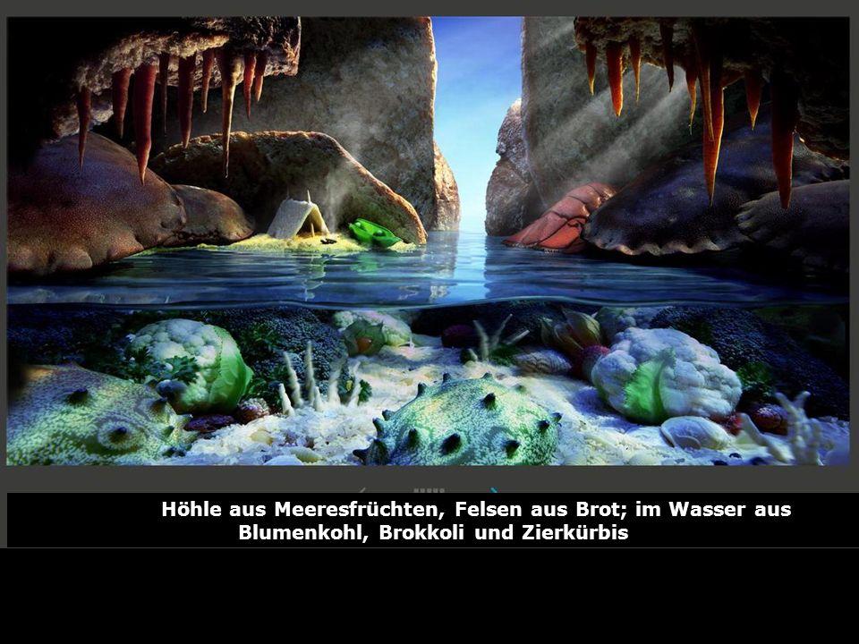 Höhle aus Meeresfrüchten, Felsen aus Brot; im Wasser aus Blumenkohl, Brokkoli und Zierkürbis