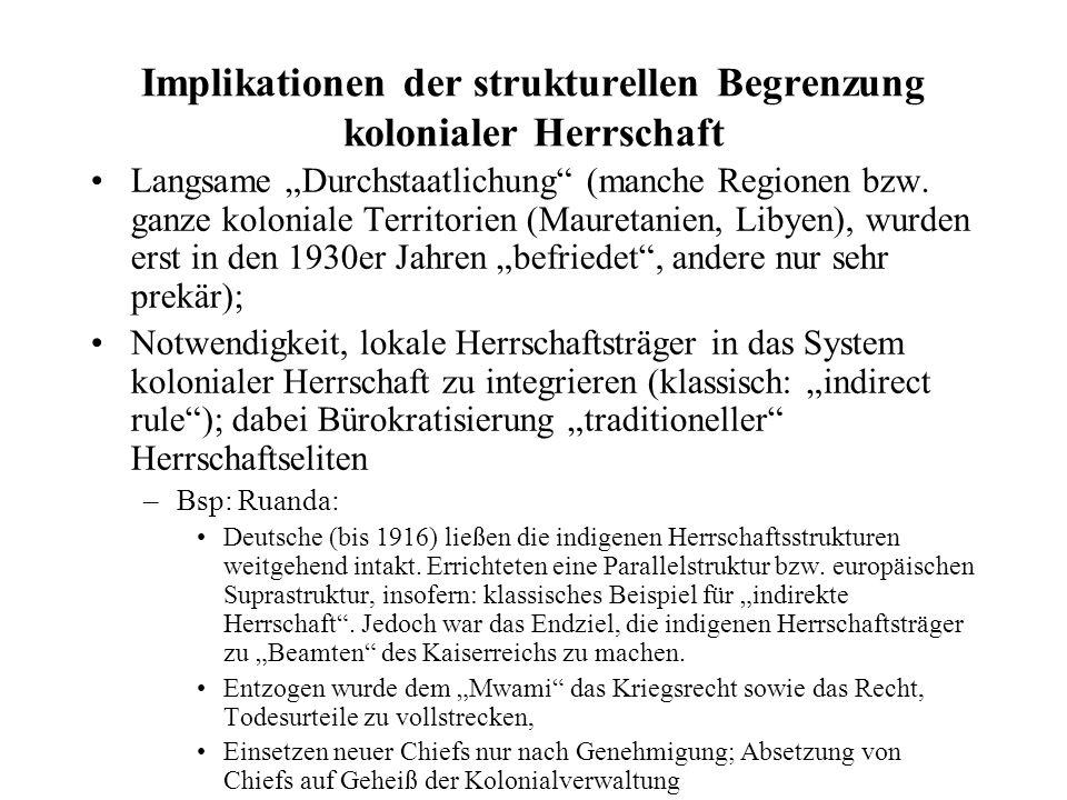 Der Kolonialstaat als kapitalistischer Staat Notwendigkeit, die finanzielle Tragfähigkeit der Kolonien möglichst früh zu gewährleisten (Steuereinhebung, Cash Crops, Zwangsanbau und Zwangsarbeit, etc.) war teilweise auch Auslöser für Aufstände (Bambatha Rebellion war eine Antwort auf die Einführung einer neuen Steuer; Maji-Maji war eine Antwort auf Zwangsanbau von Baumwolle in Süd-Tanganyika, Hut Tax Revolte 1914 in Sierra Leone) Steuereinhebung Teil einer systematischen Strategie der Mise-en-Valeur, der Kommerzialisierung von Subsistenzökonomien Gezielte Kampagnen zur Einführung neuer Cash Crops (Kaffee, Kakao, Sisal etc.) Besonders in Siedlerkolonien: gleichzeitig Beschränkung der Marktrechte von afrikanischen MarkteilnehmerInnen (Festgesetzte Preise, etc.)