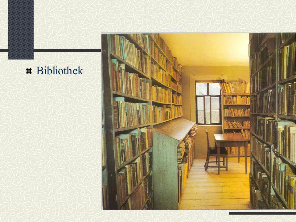 Rundgang im Goethehaus Arbeitszimmer des Dichters. Alles steht, wie er es verlassen hat.