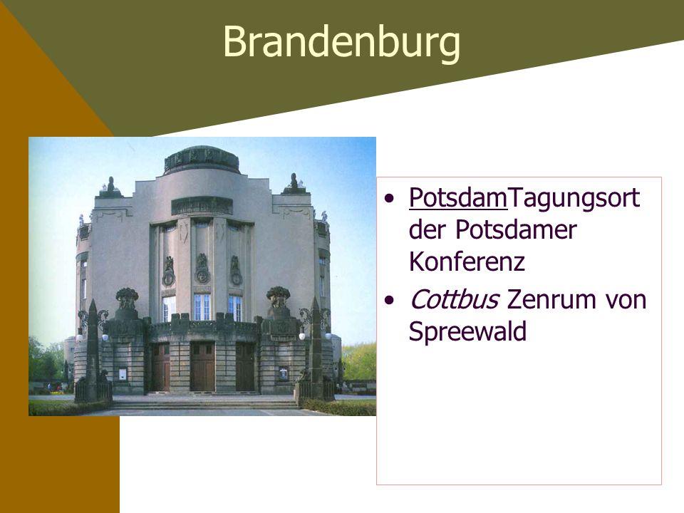 Berlin Brandenburger Tor Schloss Scharlottenburg Siegessäule Pergamonmuseum BerlinerSchnauze bissiger Humor Berliner