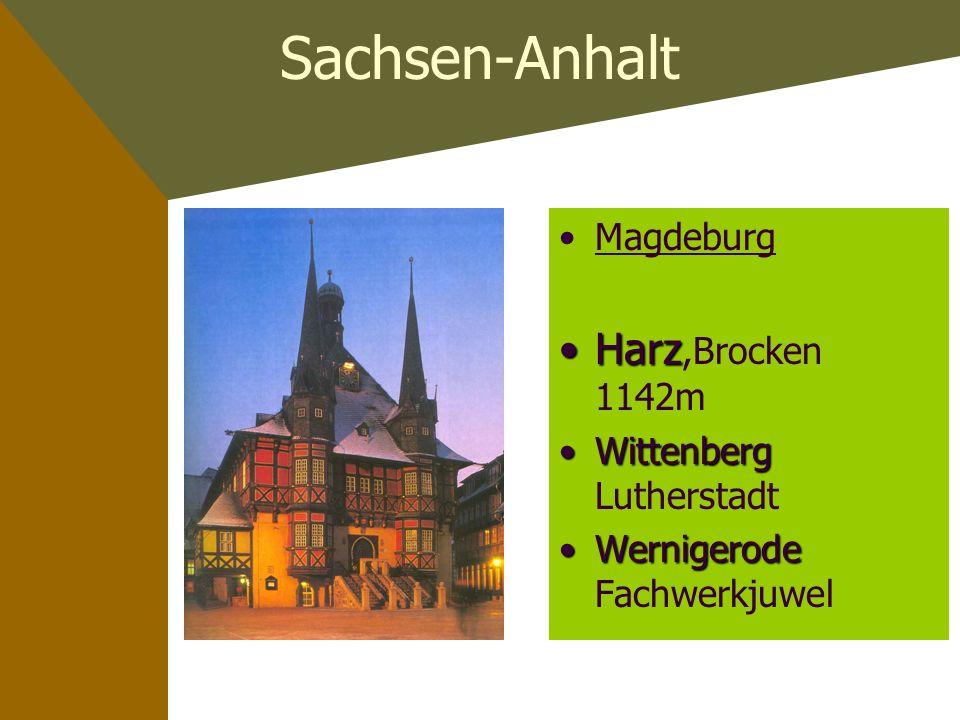 Mecklenburg-Vorpommern Schwerin einstige Residenzstadt RügenRügen grösste Insel RostockRostock Verkehrs - knotenpunkt