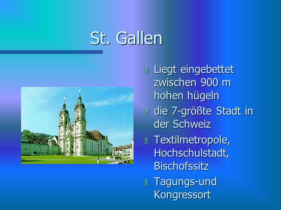 Lindau é malerische Inselstadt é die Altstadt ist durch die Seebrücke und einen Eisenbahndamm mit dem Festland verbunden