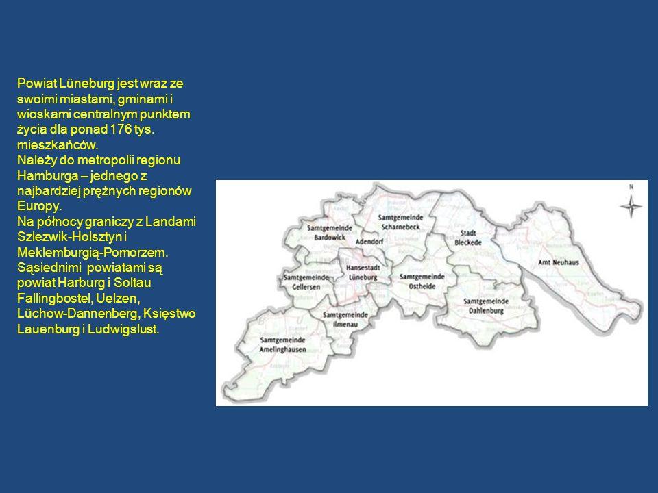 Powiat Lüneburg jest wraz ze swoimi miastami, gminami i wioskami centralnym punktem życia dla ponad 176 tys. mieszkańców. Należy do metropolii regionu