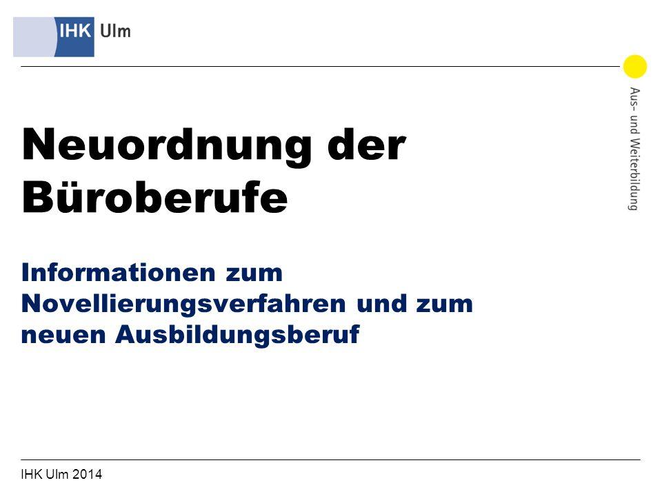 IHK Ulm 2014 2 1989/92: 3 Büroberufe entstanden: Bürokaufmann/-frau, Kaufmann/-frau für Bürokommunikation und Fachangestellte/r für Bürokommunikation 1999 – 2001: BIBB veröffentlicht erste Evaluationsergebnisse, Ergebnis: eigentlich kein drängender Reformbedarf 2005/06: erste Reformversuche mit unterschiedlichen Ansätzen u.a.
