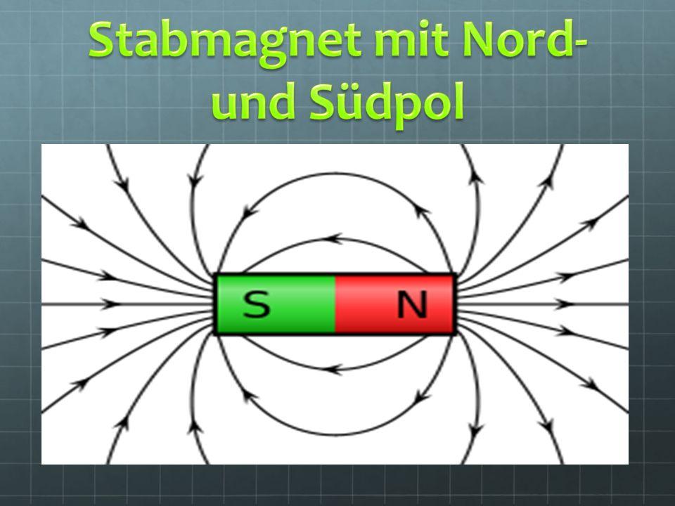 Ein Magnetfeld ist der Wirkungsbereich indem ein Magnet entweder andere Magnete oder Magnetische Körper anzieht oder abstößt Jedes Magnetfeld besitzt einen Nord- und einen Südpol Auch unsere Erde umgibt ein Magnetfeld mit einen Nord- und Südpol (nicht mit den geographischen Polen der Erde zu verwechseln) Magnetfelder haben eine unsichtbare Kraft die man nur mit anderen Magneten Nachweisen kann.