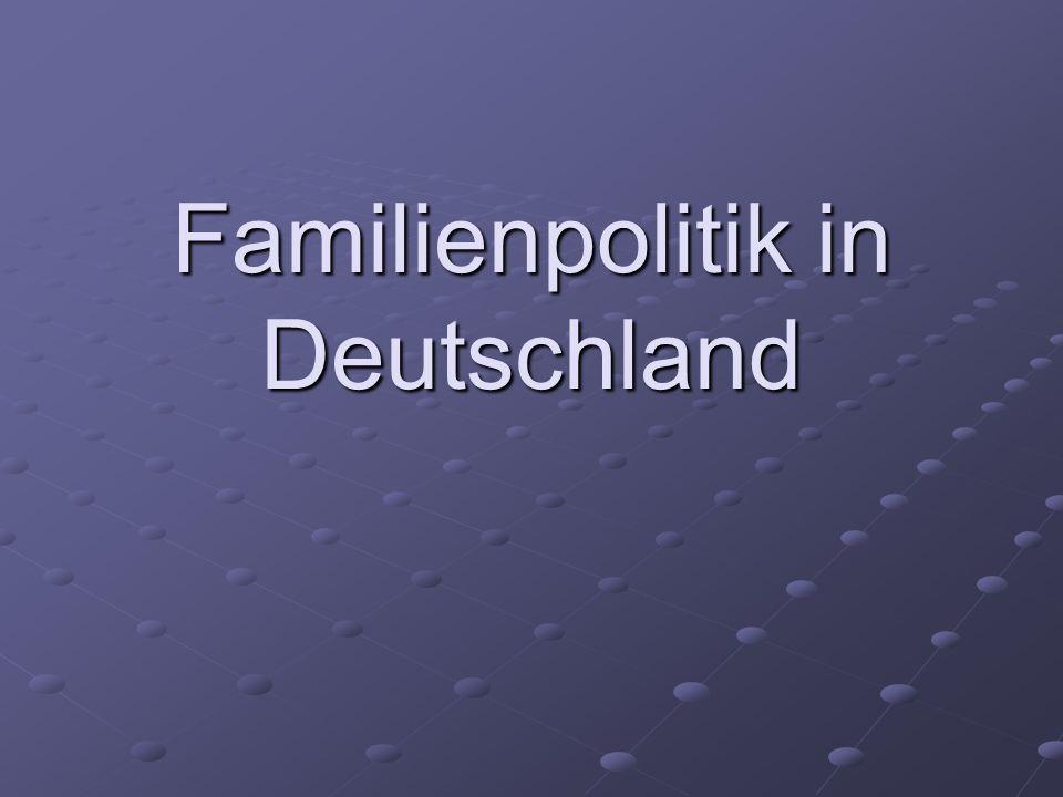 Inhalt Entwicklung der Altersstruktur in Deutschland Die Bevölkerungsentwicklung Gründe für die Entwicklung der Geburtenrate - Das Ernährer-Modell - Das Ernährer-Modell - Mangelnde Vereinbarkeit von - Mangelnde Vereinbarkeit von Beruf und Familie Beruf und Familie - Kinderlose haben Angst vor den - Kinderlose haben Angst vor den Konsequenzen Konsequenzen