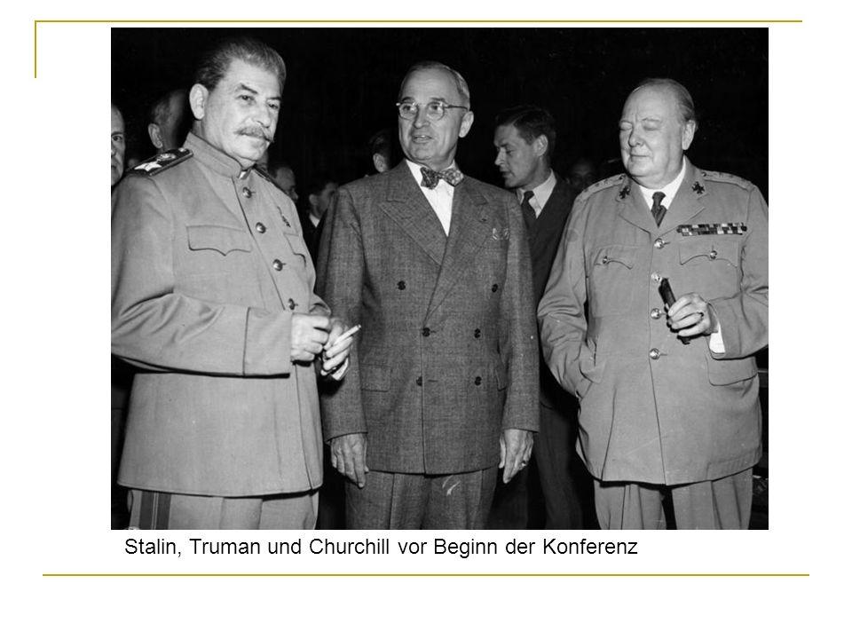 Stalin, Truman und Churchill vor Beginn der Konferenz