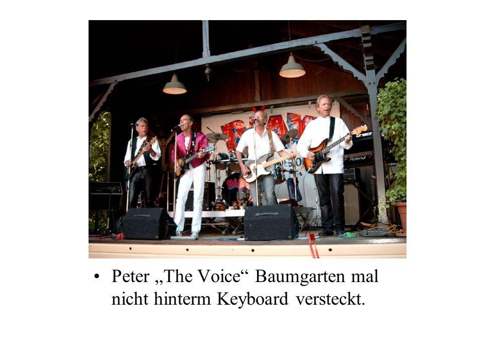 Peter The Voice Baumgarten mal nicht hinterm Keyboard versteckt.
