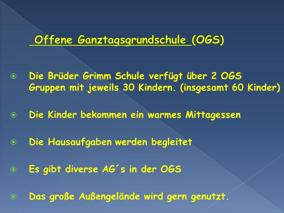 Die Brüder Grimm Schule verfügt über 2 OGS Gruppen mit jeweils 30 Kindern. (insgesamt 60 Kinder) Die Kinder bekommen ein warmes Mittagessen Die Hausau