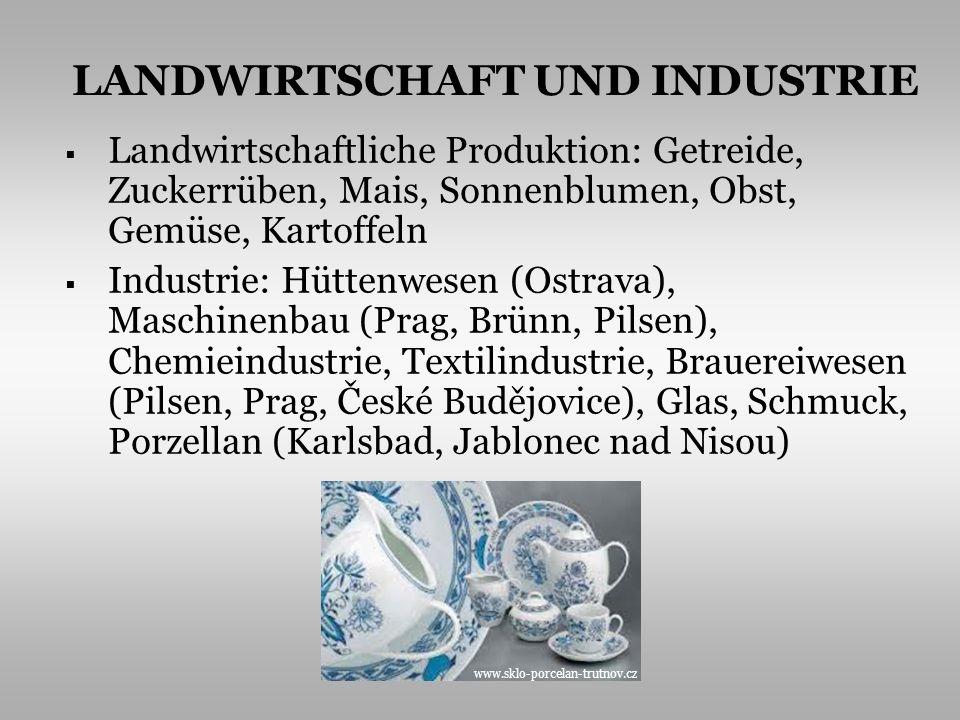 Landwirtschaftliche Produktion: Getreide, Zuckerrüben, Mais, Sonnenblumen, Obst, Gemüse, Kartoffeln Industrie: Hüttenwesen (Ostrava), Maschinenbau (Pr