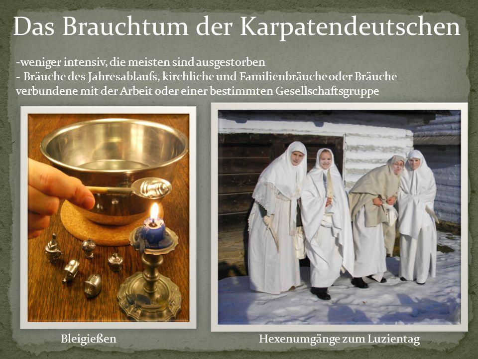 Knödelkochen zum Andreasabend Baden (Begießen) der Mädchen und Frauen zu Ostern Kettenspannen bei Hochzeiten Geldstreuen über dasHochzeitspaar an der Kirchentür