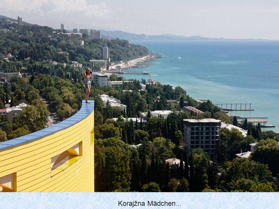 Sotschi ist einer der meistbesuchten Reiseziele in Russland. Hier sind die meisten der Touristen. Der Hauptgewinn für Stadt ist der Tourismus, zum let