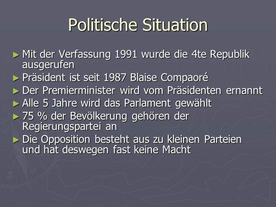 Politische Situation Mit der Verfassung 1991 wurde die 4te Republik ausgerufen Mit der Verfassung 1991 wurde die 4te Republik ausgerufen Präsident ist