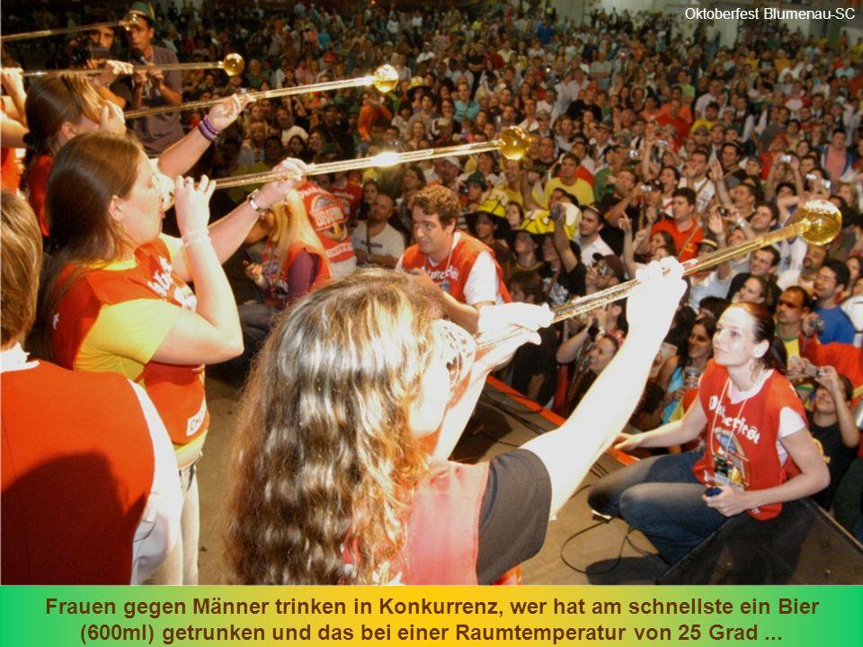 90% der Musik auf der Party ist Deutsch... Fast 900 Stunden mit Animation. Oktoberfest Blumenau-SC